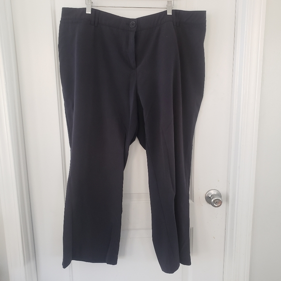 Avenue Pants - Avenue navy trousers stretchy waist size 22Petite